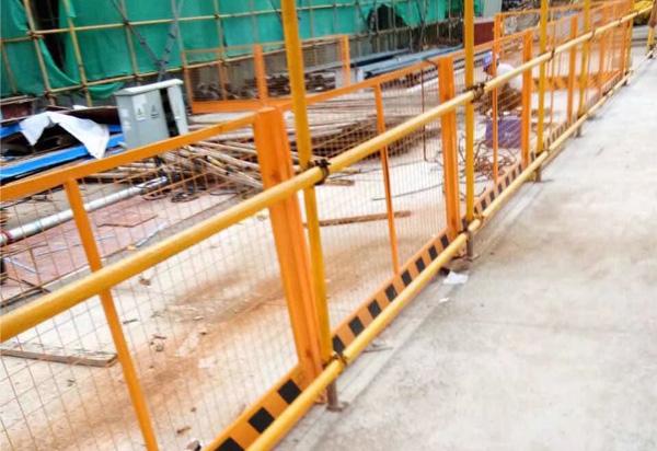 湖北交通锌钢护栏-交通设施护栏