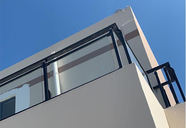 锌钢玻璃护栏-锌钢玻璃护栏